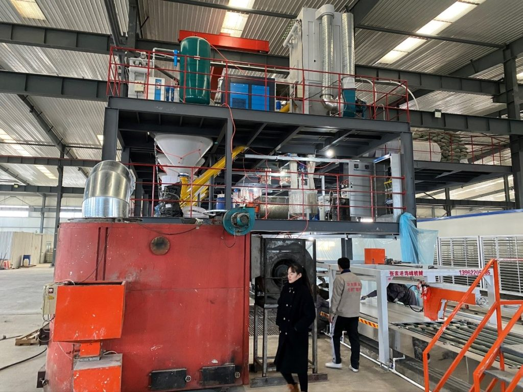 Automated raw materials mixing